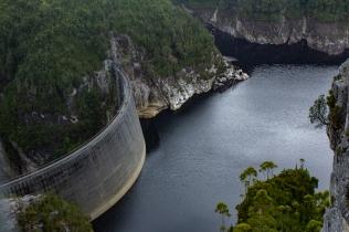 Gordon Dam wall - so big